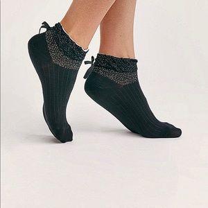 Lil Bow Sweet Ankle Socks